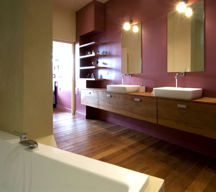 Couleur salle de bain - Salle de bain couleur aubergine ...