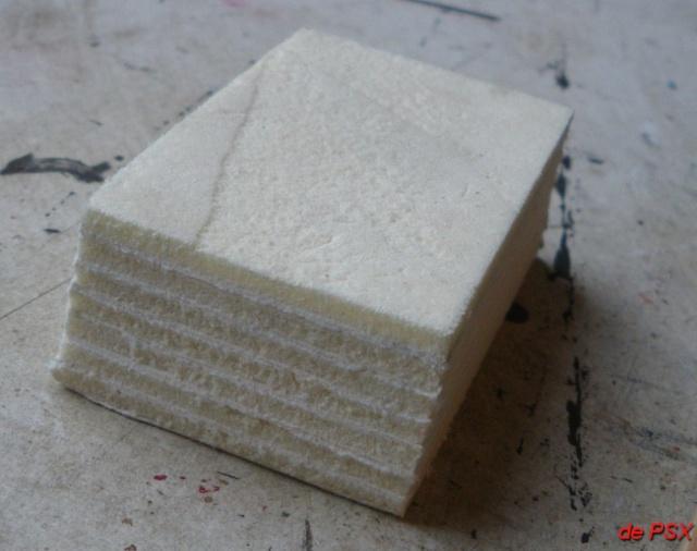 Un tas de briquettes - Comment compacter du sable ...