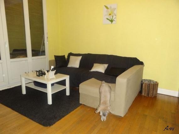 danger de la maison. Black Bedroom Furniture Sets. Home Design Ideas