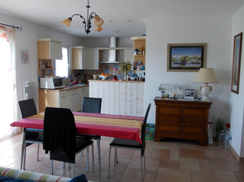 couleur peinture mur de mon salon. Black Bedroom Furniture Sets. Home Design Ideas