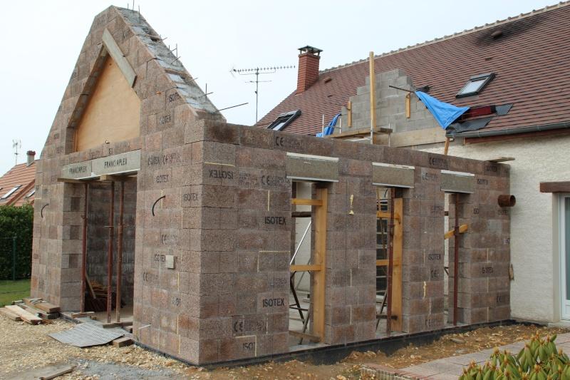 Nath47 agrandissement de ma maison pour un salon page 16 for Agrandissement maison 49