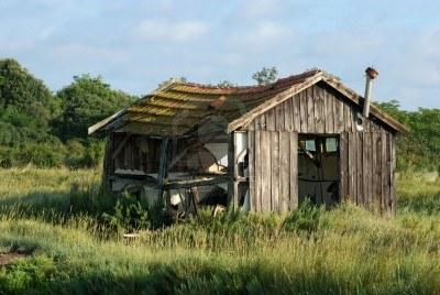 Habitats alternatifs cabanes et huttes page 2 - Cabane de jardin originale ...