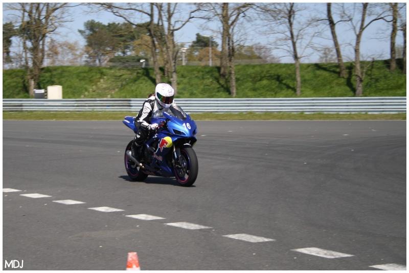cr stage pilotage au mans 19 20 avril forum moto run 100 motards m canique equipement. Black Bedroom Furniture Sets. Home Design Ideas