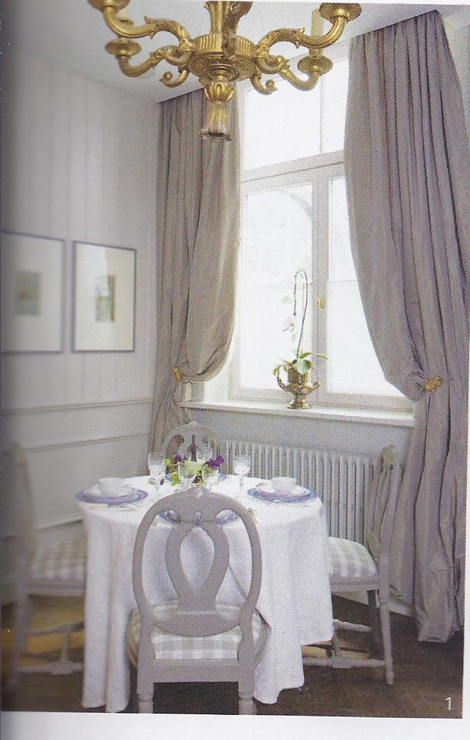 peintre ou vernir le lambri en bois. Black Bedroom Furniture Sets. Home Design Ideas